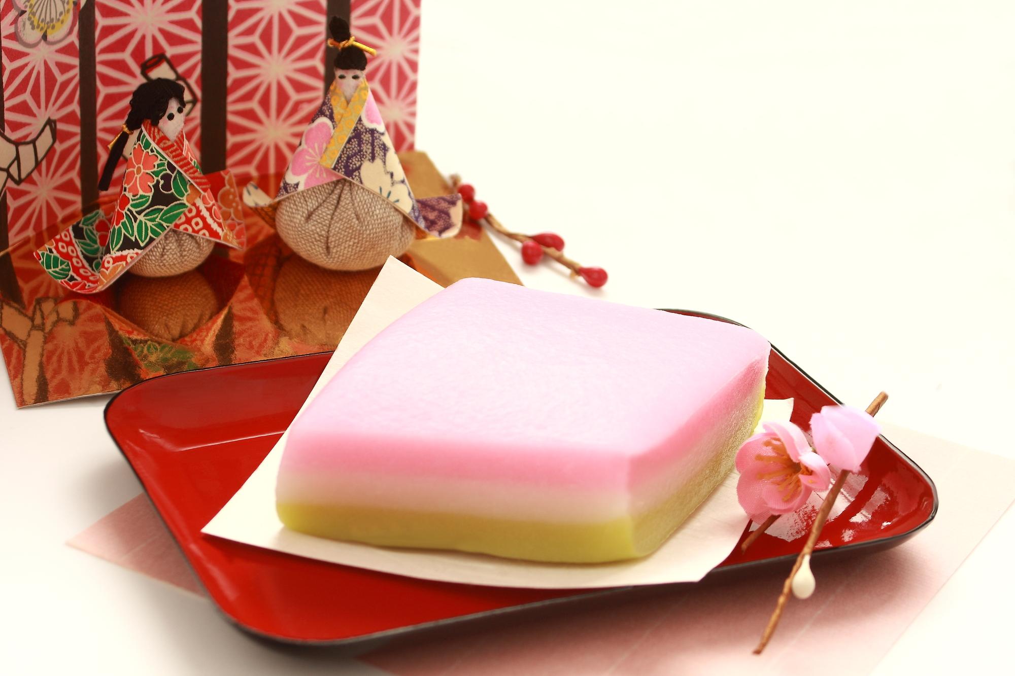 3月3日はひな祭り♪菱餅の3色の由来とは?